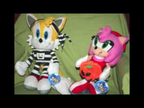 The Mystery of the Toy Network Seasonal Sonic the Hedgehog Plushes