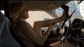 Chuck S05E04 | Chuck defusing bomb between Sarah