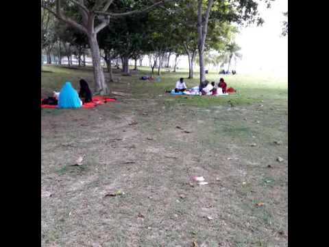 Vocation at Changi village beach. 18-10 -16 Singapore(15)