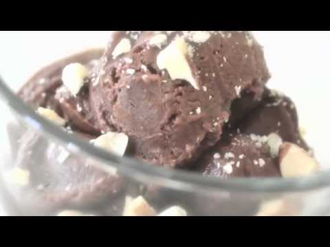 RAW ICE CREAM RECIPE - Chocolate Banana Split