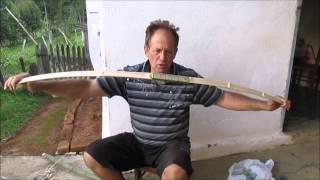 Arco de bamboo artesanal para sobrevivência