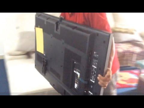 Unboxing: Sony Bravia 49