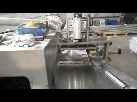 Fully automatic aluminum/copper profile/tube/pipe/corner brace cutting machine