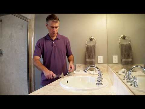 How to Remove Caulk from a Shower, Sink, or Bathtub