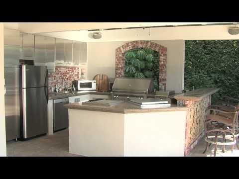 Outdoor Kitchen Design - Large Kitchens