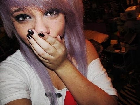 How to dye your hair Pastel Purple.