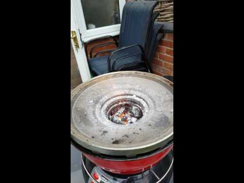 Cook air bbq with lump wood charcoal