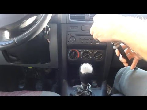 How to change Renault Symbol center console bulbs