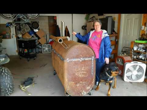 How to make a grill out of a 275 gallon tank!! MY WIFE WAS LIKE WTF???