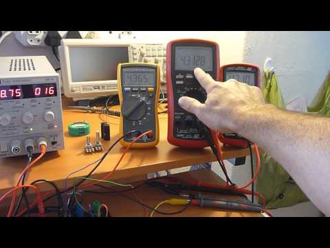 Solar Powered Kindle  - Part 12: Comparator circuit testing