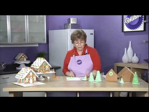 Making Greenery for your Gingerbread House