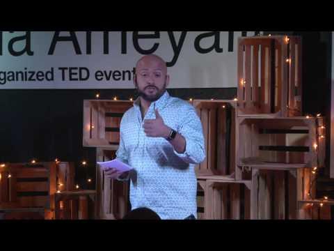 Nada es del todo inesperado | Odin Dupeyron | TEDxEscuelaAmeyalli