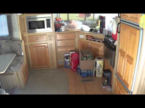 RV Buying Tip - Travel Trailer - RV Living - Slideout or No Slideout