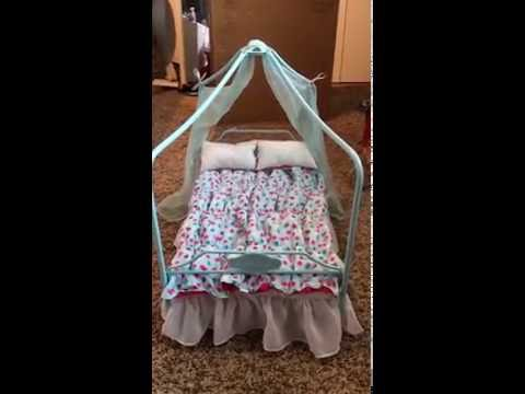 Opening AG Exclusive Canopy Bed