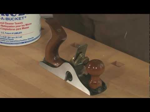 Quick Tips Episode 10: Cleaning the Knob and Tote on your Bench Plane