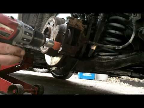 Mercedes Benz w202 rear brake pad replacement