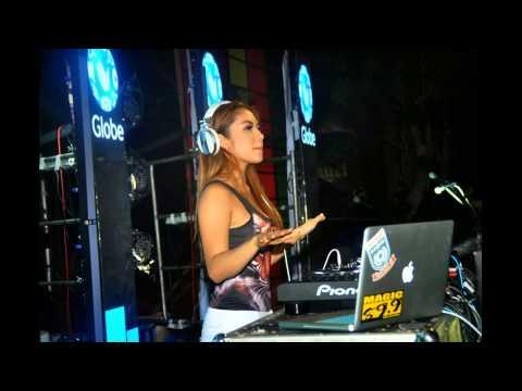 Funky House Music -  RHEINA Nawir Kusulam Rindu Didada Remix 2016