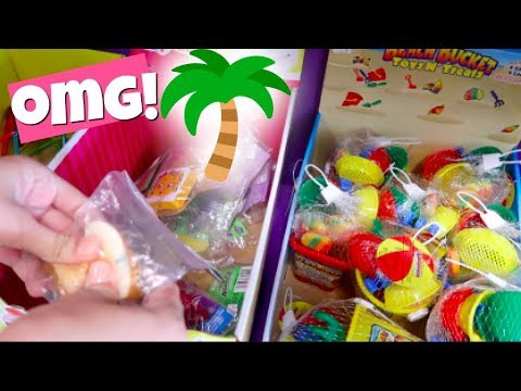 SQUISHIES, SLIME + SQUEEZE TOYS AT THE ICE CREAM SHOP!