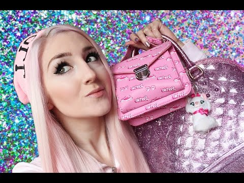 What's In My Bag 2016!