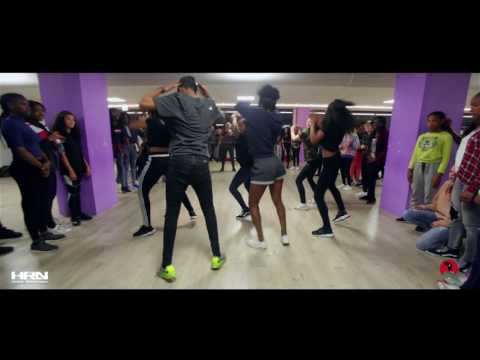 Xxx Mp4 Patoranking Girlie 39 O 39 Remix Ft Tiwa Savage Choreo By Aron Norbert HrnMovie 3gp Sex