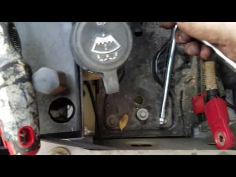 how to remove wiper fluid reservoir 2003-2007 Chevy Silverado