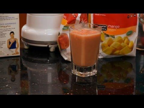 Mango, Strawberry, Peach & Milk Smoothie : Making Smoothies