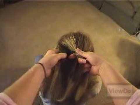 ViewDo: How To French Braid Hair