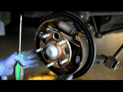 2003-2007 Honda Accord Brake drums clean and adjust