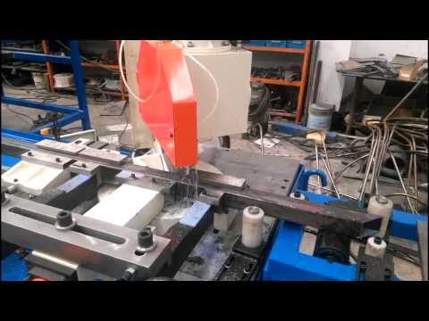 Full-Automatic Angle Cutting Machine with Square Tube