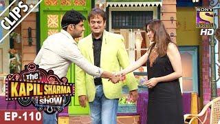 Kapil Sharma Welcomes Mahesh &  Medha Manjrekar - The Kapil Sharma Show - 28th May, 2017