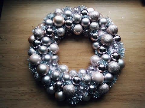 Christmas ornament wreath tutorial - DIY ornament wreath