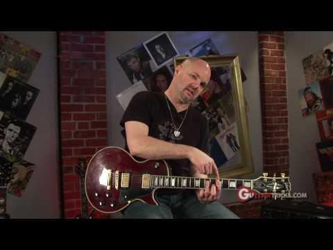 Stop String Noise - Easy Guitar Lesson - Rock Guitar Solo - Guitar Tricks 44