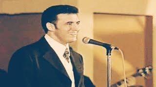 #x202b;حصرياً / القيصر كاظم الساهر ( رائعة باب الجار ) أداء ولا أروع .. من الحفلات النادرة جدآ البحرين 97 ~#x202c;lrm;