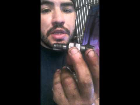 Spark plug thread repair and clearing threads