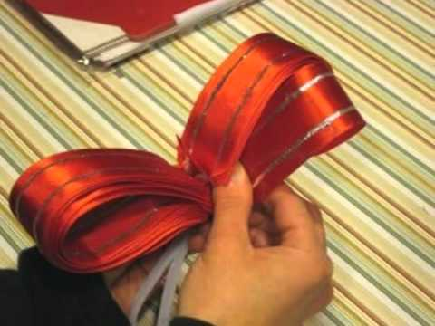 Discover How Easy it is to Make Your Own Christmas Bows