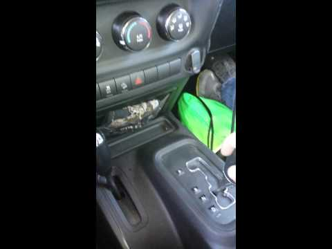 How to put a jeep in 4WD