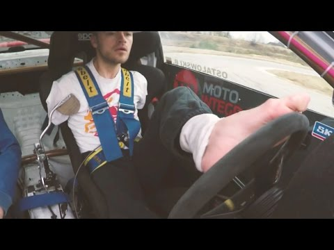 World's First Armless Racing Driver