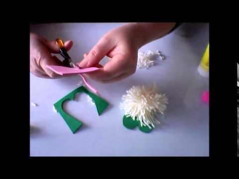 Make a pompom rabbit