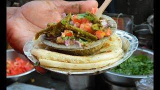 दिल्ली के प्रसिद्ध छोले कुलचे   Chole Kulche   Famous Street Food   Delhi Famous Chole Kulche