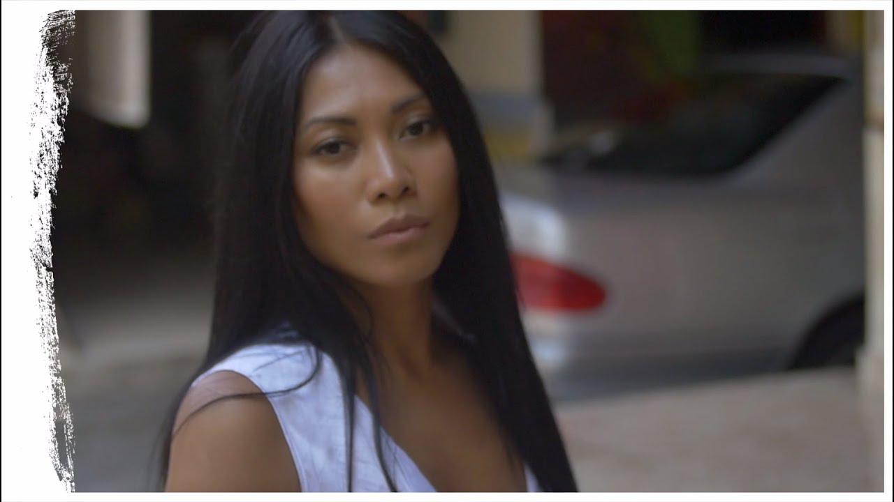 Anggun - A quelques pas de nous