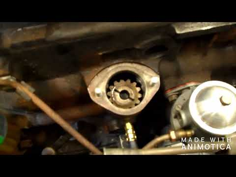 Triumph GT6: Distributor gear alignment and distributor install