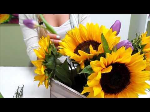 Sunflower Series: How to Make a Sunflower Centerpiece