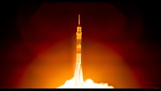 How to FLY A SPACESHIP to the SPACE STATION - Smarter Every Day 131