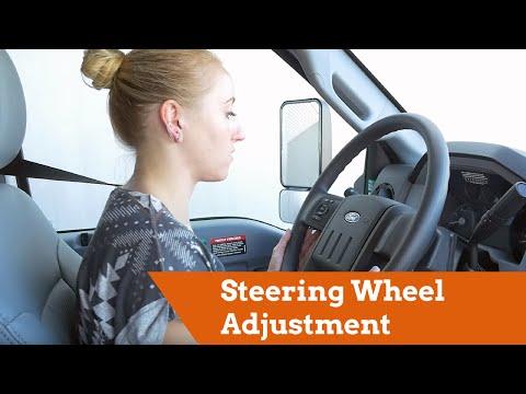 U-Haul 26' F650 Moving Truck: Steering Wheel Adjustment