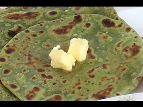 Spinach/Palak Parathas - A healthy treat for adults and kids alike
