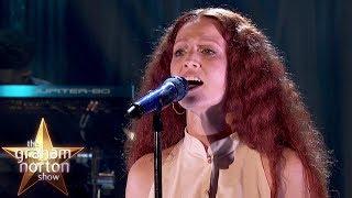 Jess Glynne Performs