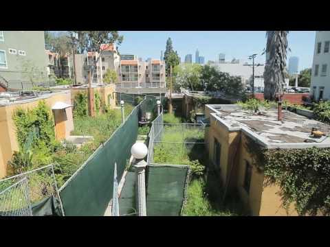 Carondelet, Vivienda Pesadilla / Nightmare Housing Week 2