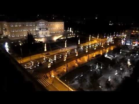 ATHENS CENTER-Syntagma Square from the hotel '''Grande Bretagne''