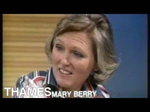 Mary Berry bakes Brown Bread  | How to bake brown bread | Good Afternoon | 1977