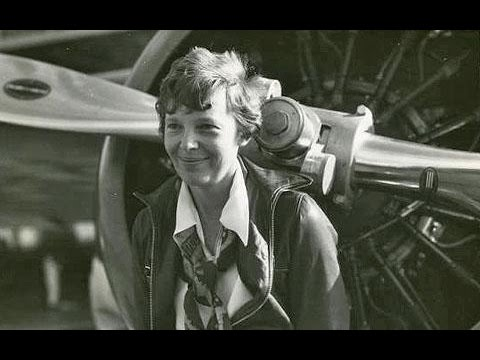 First Female Aviator Amelia Earhart - Facts, History & Biography -